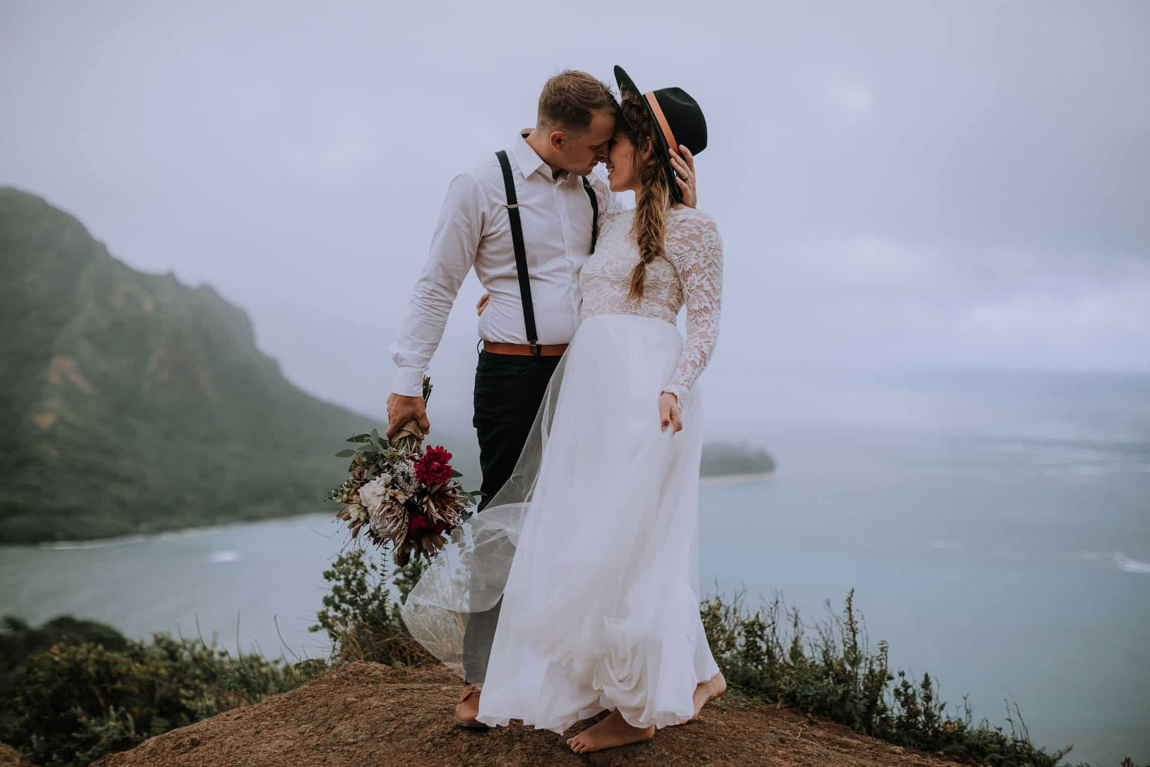 best hawaii destination wedding photographer