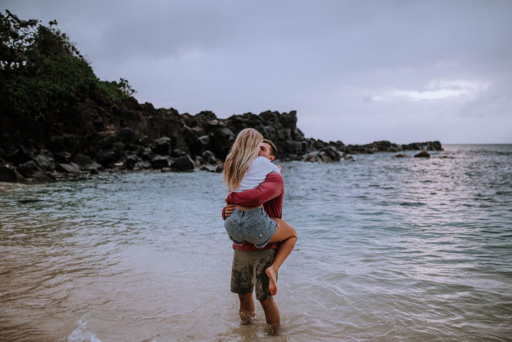 Three Tables Beach, North Shore Oahu Engagement session