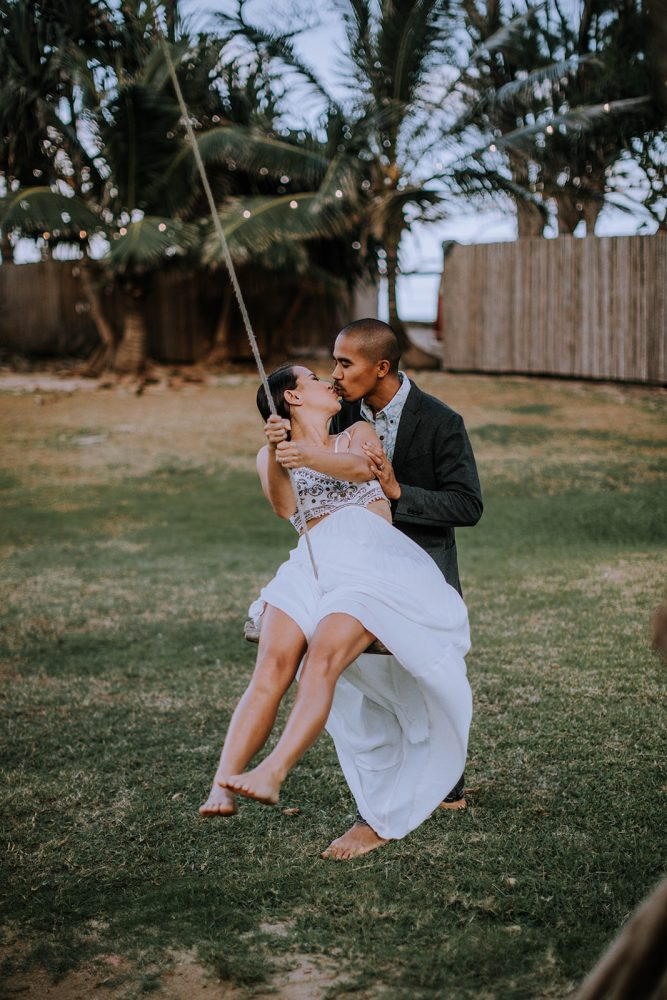How to Elope on Oahu, Hawaii by Anela Benavides Photography. Includes posing inspiration for an outdoor couples session and engagement shoot planning tips. Book your couples session and browse the blog for more inspiration #elopement #photography #elopementphotography #Hawaiiphotographer #tipsforphotographers
